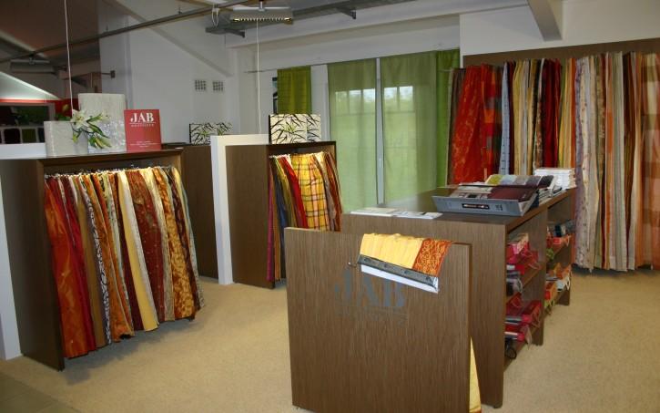 jab stoffe und teppiche vorstellung der neuen kollektion. Black Bedroom Furniture Sets. Home Design Ideas